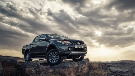 Mitsubishi L200 Series 5 off road