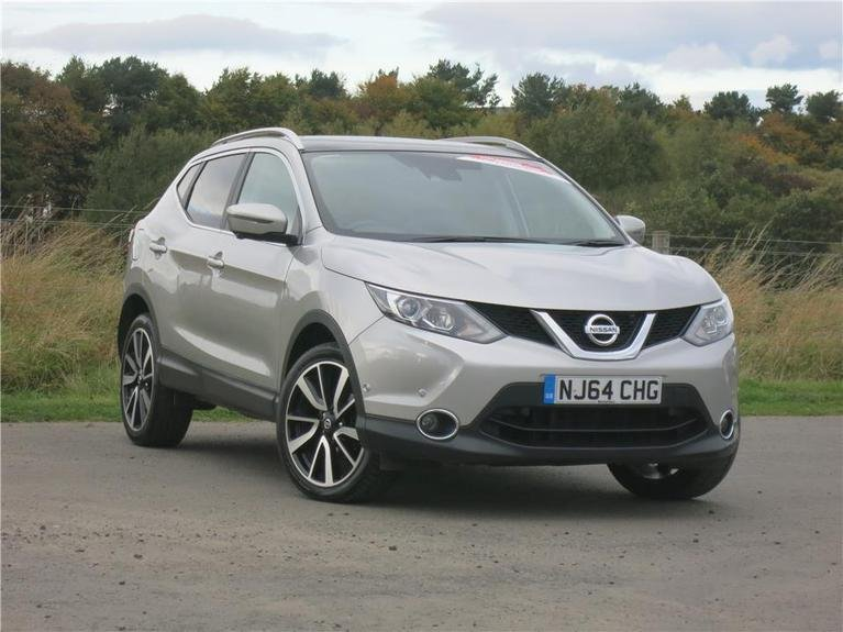 used nissan qashqai 1 5 dci tekna glass roof pack 5dr blackshaws. Black Bedroom Furniture Sets. Home Design Ideas