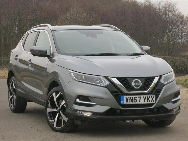 used nissan qashqai 1 6 dci tekna glass roof pack 5dr xtronic blackshaws. Black Bedroom Furniture Sets. Home Design Ideas